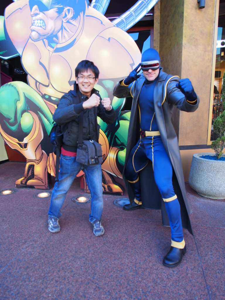 Posing with Cyclops.