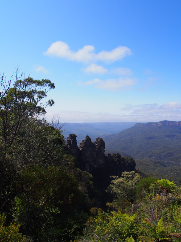 The 3 Sisters from the Echo Point.