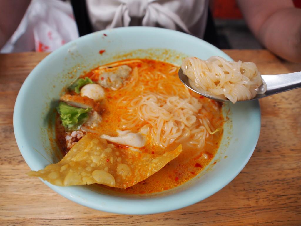 Curry beehoon.