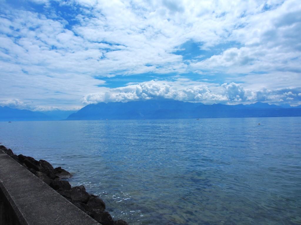 Geneva lake near Olympics museum.