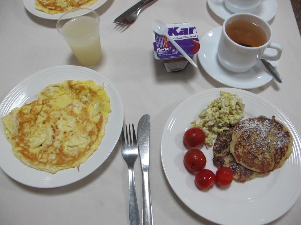 Simple breakfast before hitting the roads.